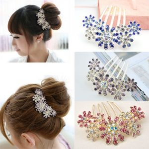 Flowery Diamante Hair Slides